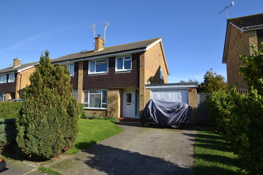 Upton Road, Tarring, Worthing, BN13 1BY