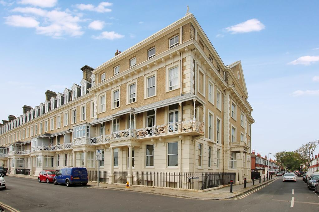 <c:out value='Heene Terrace, Worthing, West Sussex, BN11 3LQ'/>